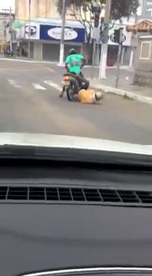 Tomou cachaça e foi andar de moto