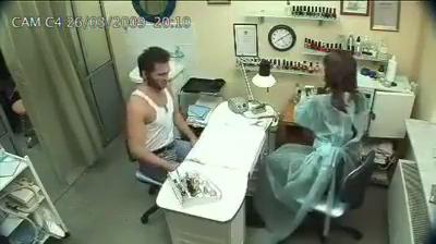 Wolverine na manicure