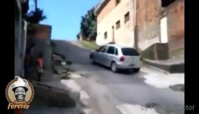 Deixa eu guardar o carro