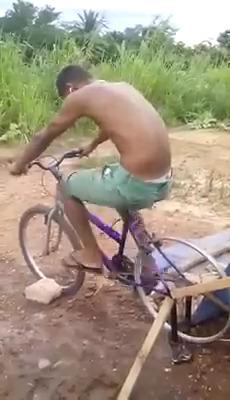 Máquina de lavar de pobre