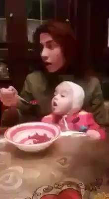 Comendo a papinha