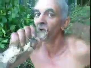 Prendeu o peixe na boca