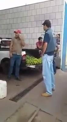 Protegeu vendedor ambulante