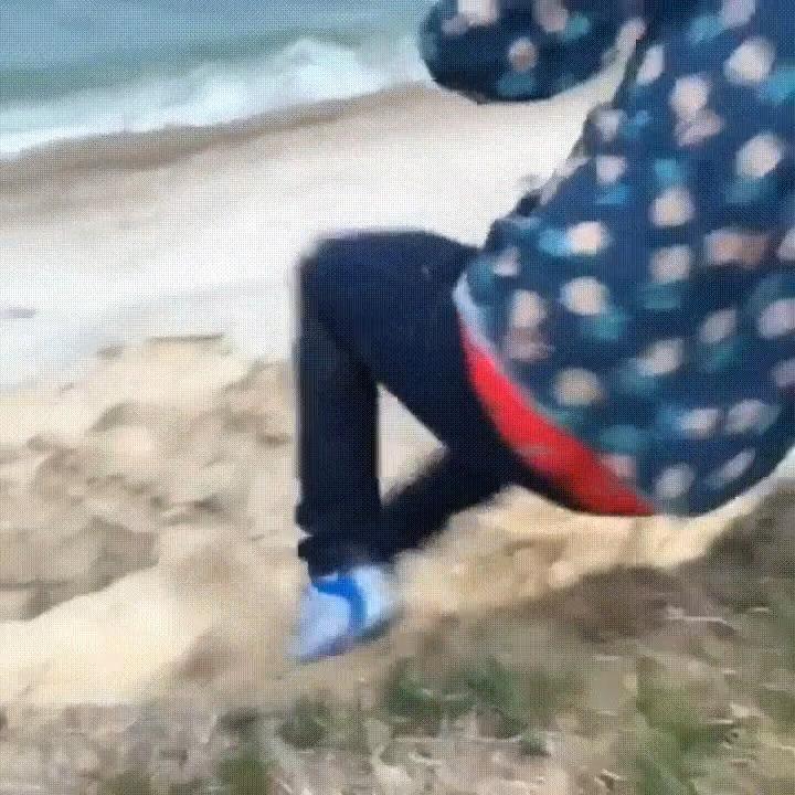Vou dar um pulinha na praia